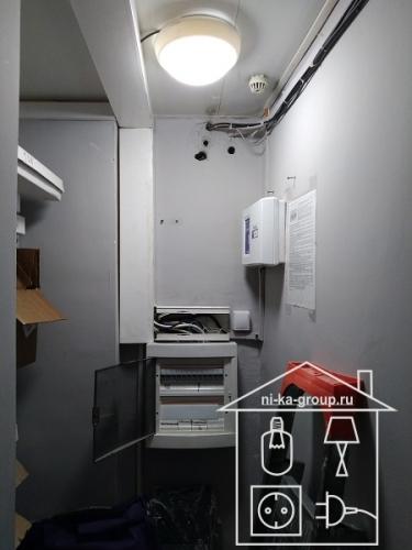 Замена содержимого электрического щита и установка светильника