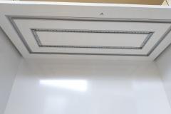 в процессе монтажа подсветки витрин в Библиотеке часов